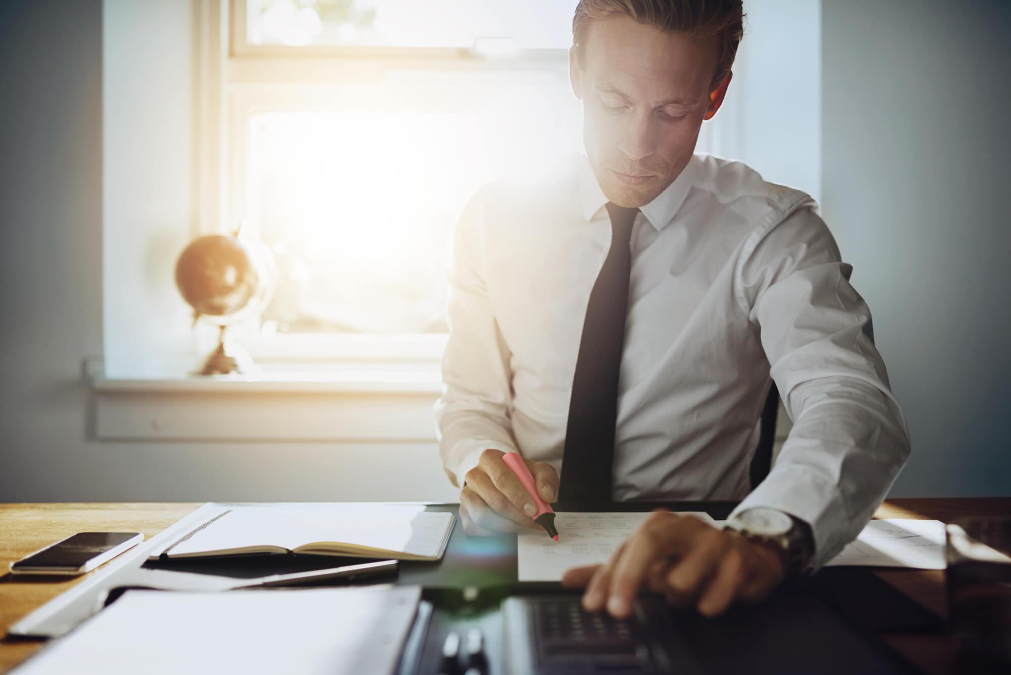 Qual o papel do advogado na elaboração de contratos?