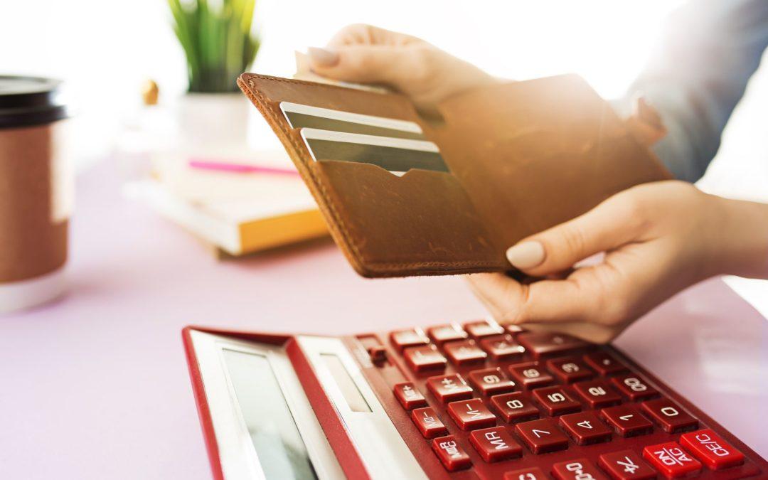 Como economizar impostos: 5 dicas para te ajudar